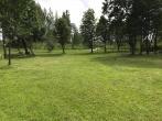 Gražėja parkas prie Pravieniškių pusiaukelės namų