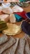Panevėžio pataisos namų nuteistosios mezga kepuraites sergantiems vaikams