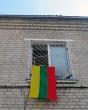 """Pravieniškių pataisos namai-atviroji kolonija prisijungė prie gražios iniciatyvos """"Keliu vėliavą"""""""