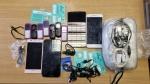 Užkardytas 2 paketų permetimas su telefonais