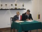 Pasirašyta bendradarbiavimo sutartis su tardymo izoliatoriumi Suvalkuose