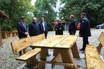 Kauno tardymo izoliatoriaus nuteistųjų pagaminti baldai papuošė Kauno rajono viešąsias erdves