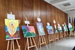 """Vilniaus pataisos namuose vyko tapybos darbų paroda """"Nupiešk Dievą, kuris yra šviesa, meilė, laisvė"""""""